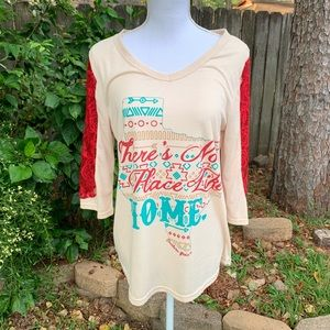 Southern Grace Texas Red/Cream Lace Raglan M